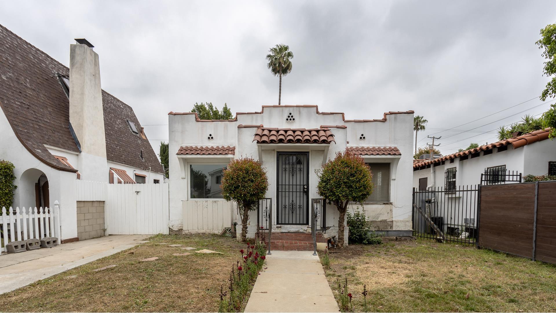 810 N SPAULDING Avenue - West Hollywood, California