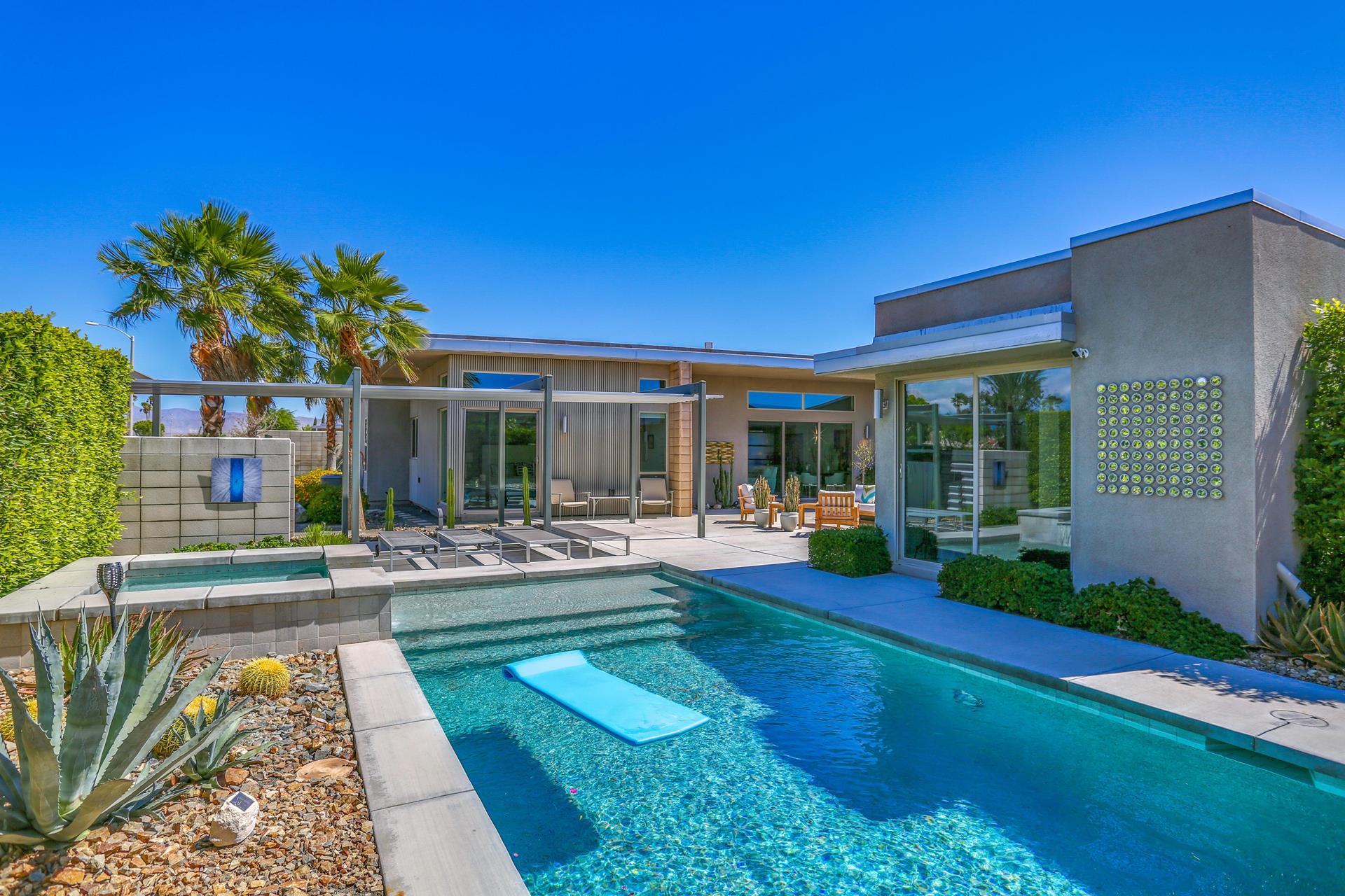 3018 N AVENIDA CABALLEROS - Palm Springs, California