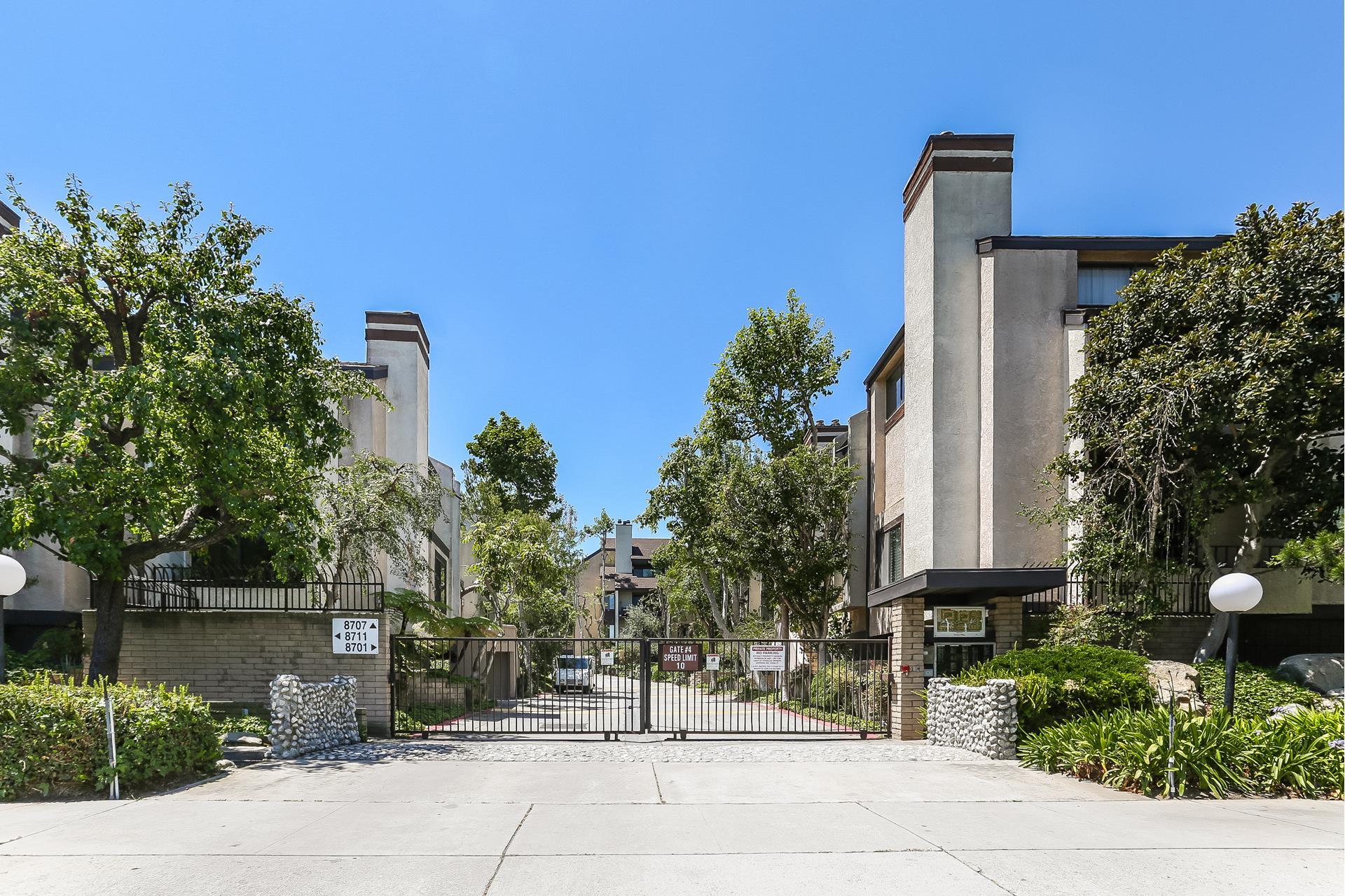 8707 FALMOUTH Avenue, 203 - Playa Del Rey, California