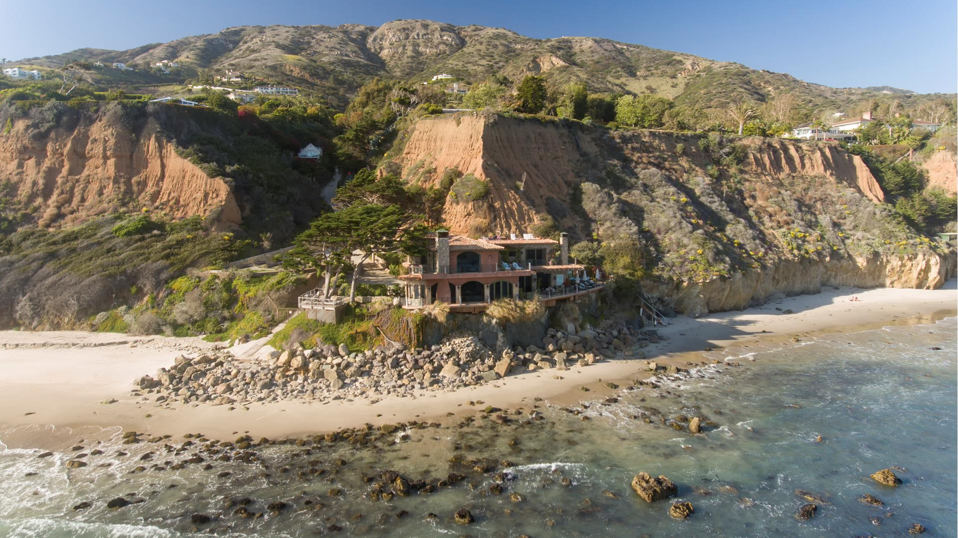 32506 PACIFIC COAST Highway - Malibu Beach, California