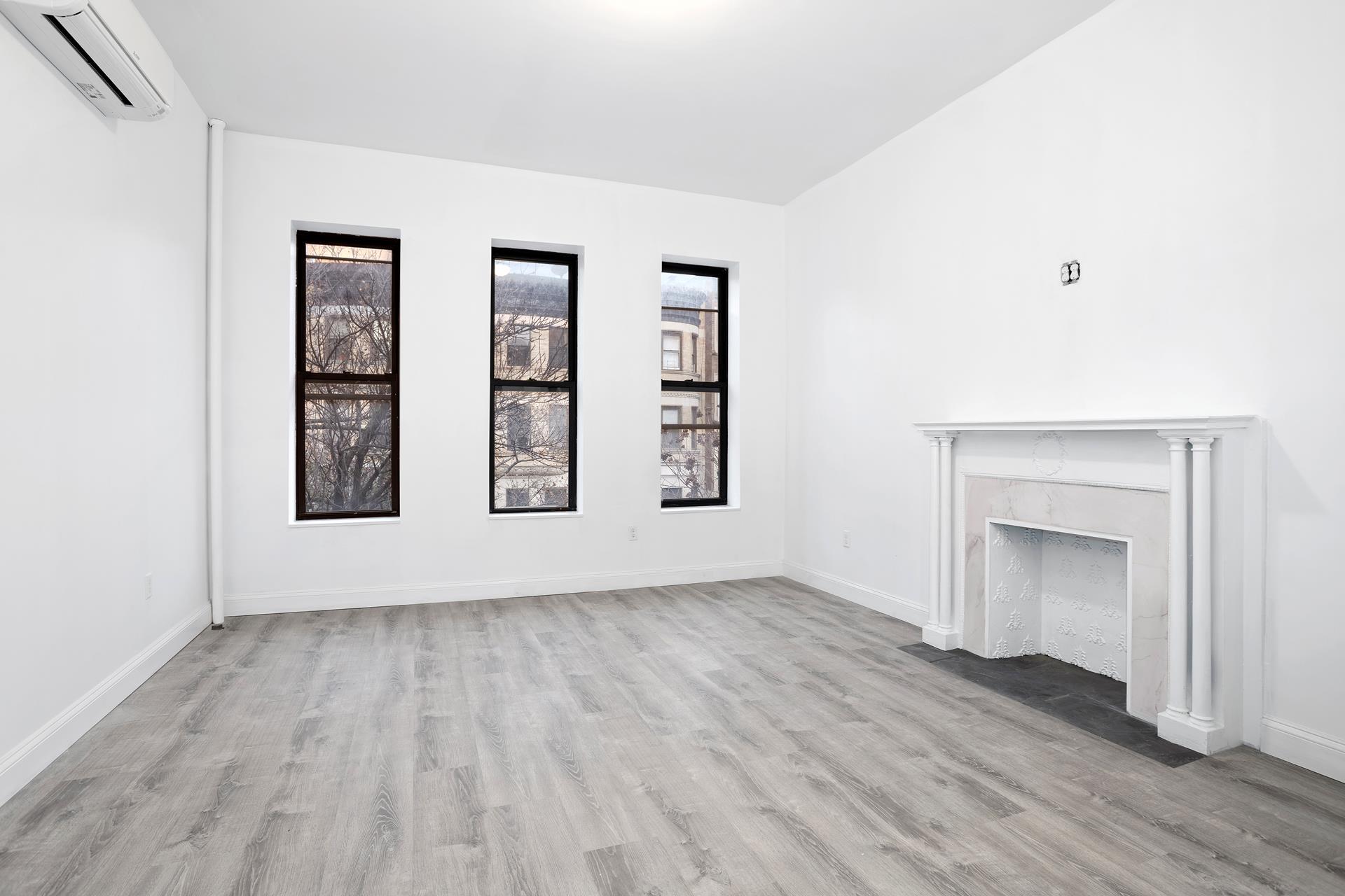 528 West 150th Street Interior Photo