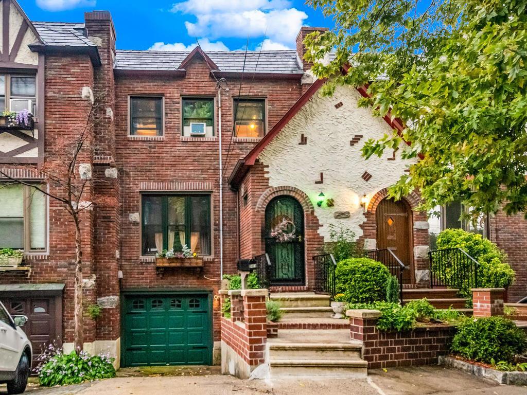 3413 Cannon Pl - Kingsbridge Heights, New York