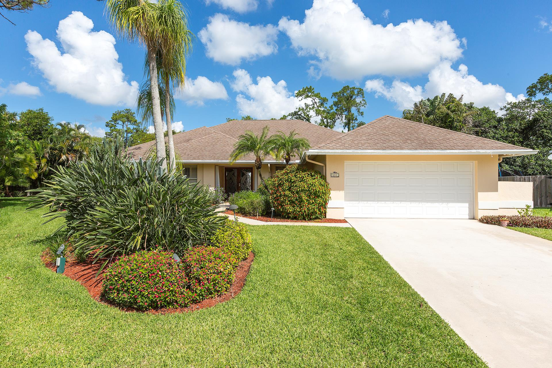 551 Kingsbury Terrace - Wellington, Florida