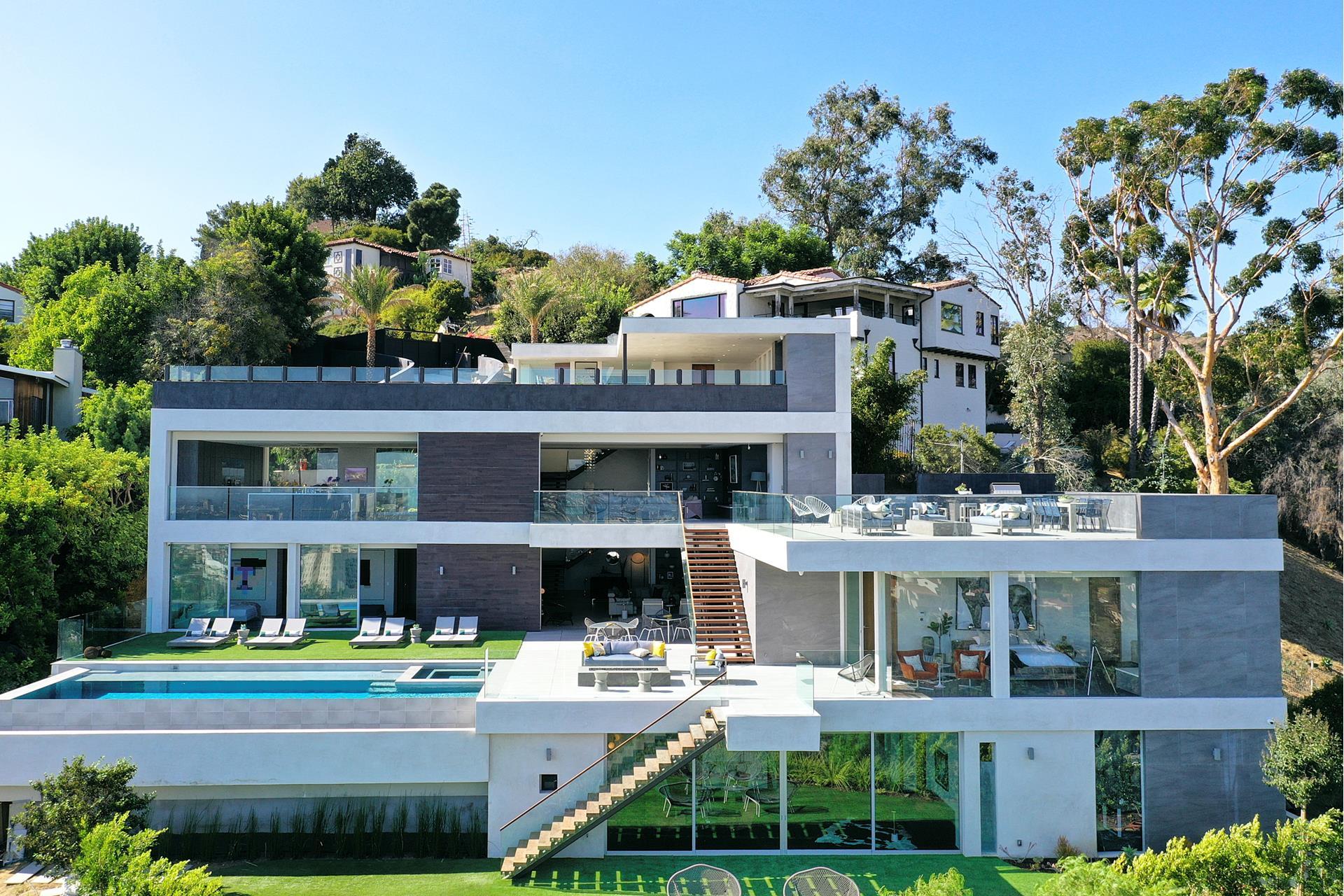 6902 LOS TILOS Road - Sunset Strip / Hollywood Hills West, California