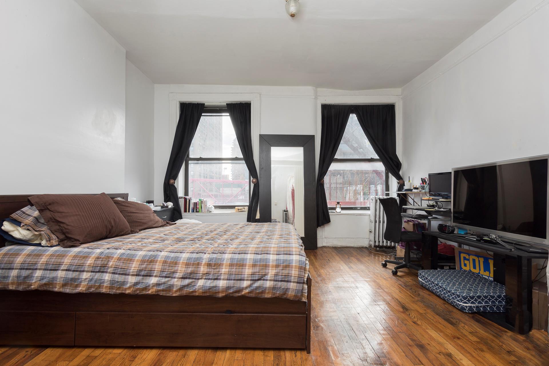 172 Delancey Street, 2C - Lower East Side, New York