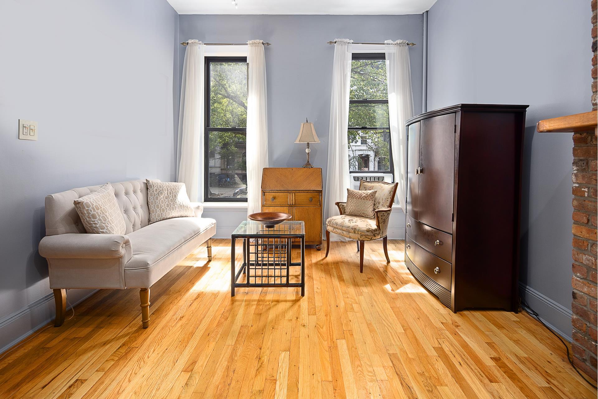 405 3rd Street Interior Photo