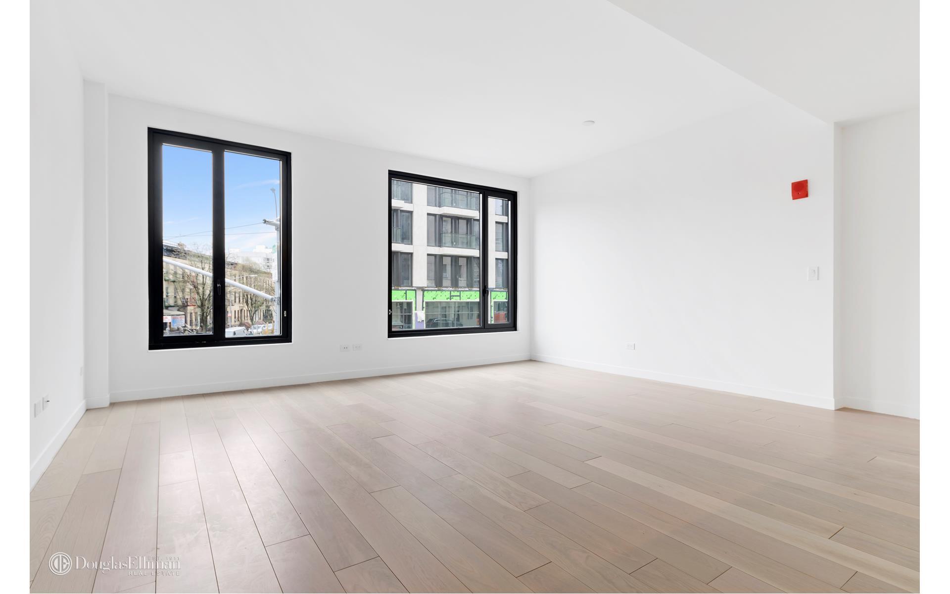856 Washington Avenue Interior Photo